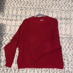 Red gap sweater